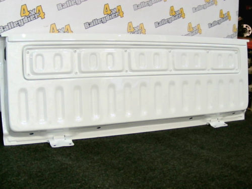 Hayon-arrière-L-200-K-34-neuf-adaptable-blanc-charnière-peinture-neuve-port-en-sustmp-img-1600325092346.jpg
