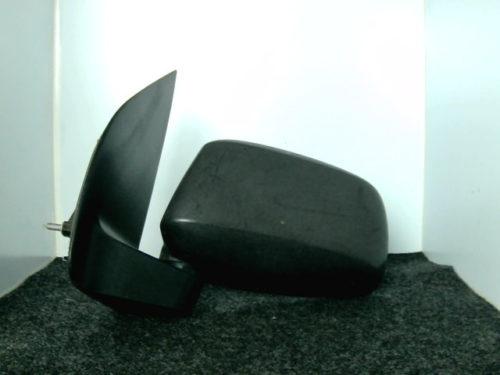 Retro-avant-gauche-brut-manuel-Nissan-D-40-et-pathfindertmp-img-1600175227641.jpg