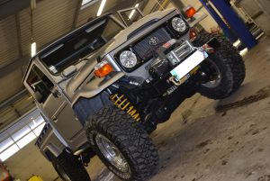 photo-raptor-d-max-et-garage-110--scaled