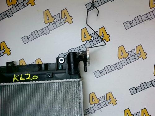 Radiateur-moteur-Mitsubishi-L-200-boite-de-vitesse-manuelletmp-img-1601647769694.jpg