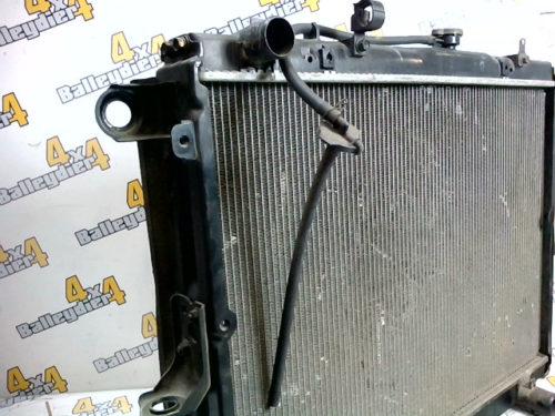 Radiateur-moteur-Toyota-HDJ-100-boite-de-vitesse-manuelletmp-img-1601622380213.jpg