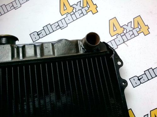 Radiateur-moteur-Toyota-Hilux-Ln-46-1980tmp-img-1601631540456.jpg