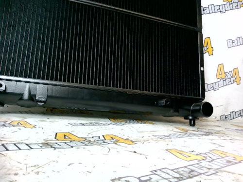 Radiateur-moteur-neuf-adaptable-Suzuki-hauteur-faisceau-375-mmtmp-img-160205510647.jpg