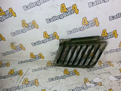 Grille-calandre-supérieur-avant-chrome-droite-Mitsubishi-KB-4tmp-img-1605716904338.jpg