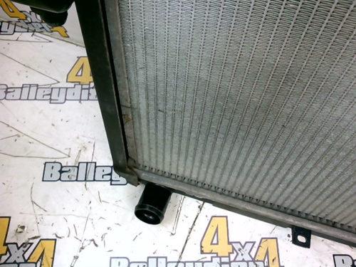 Radiateur-moteur-boite-de-vitesse-manuelle-Nissan-Pathfindertmp-img-1606300119177.jpg