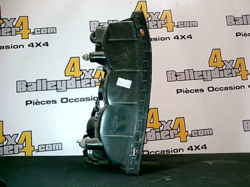 Feu-arrière-droite-Mitsubishi-L200-K-74-avant-2005tmp-img-1613374501287.jpg