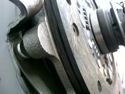 Mécanisme-d-embrayage-plus-butée-et-disque-Nissan-Patrol-Baroud-2.8-TDtmp-img-16165733136.jpg